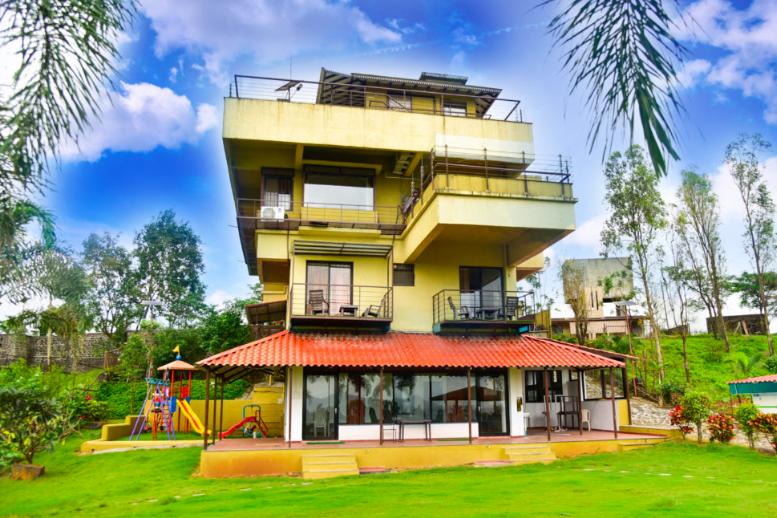 Exotica 8 Bedroom farmhouse with pool at Vaitarana near ...